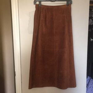 Style and co vintage real suade leather skirt.